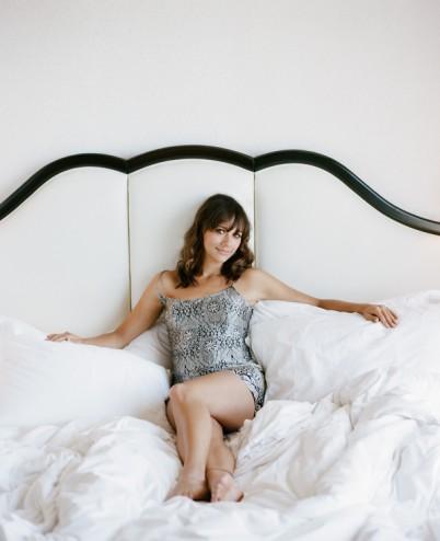 January jones nude and sexy compilation on scandalplanetcom - 1 2