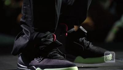 09 Jay Z Amex Sync Show