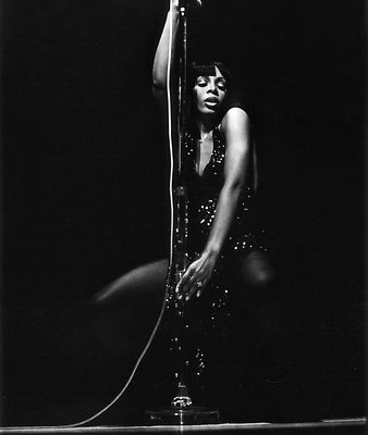 Donna Summer performs in Washington in 1978
