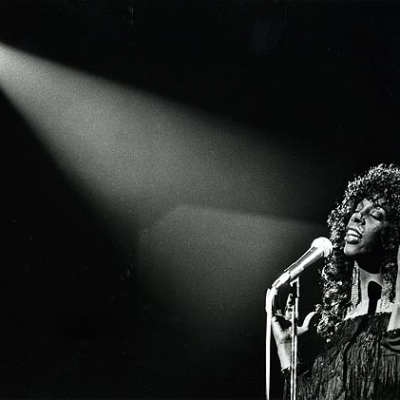 Donna Summer performs at the Universal Amphitheater on July 28, 1983