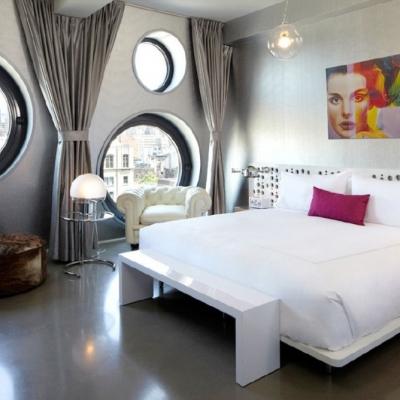 dreamhotel_24