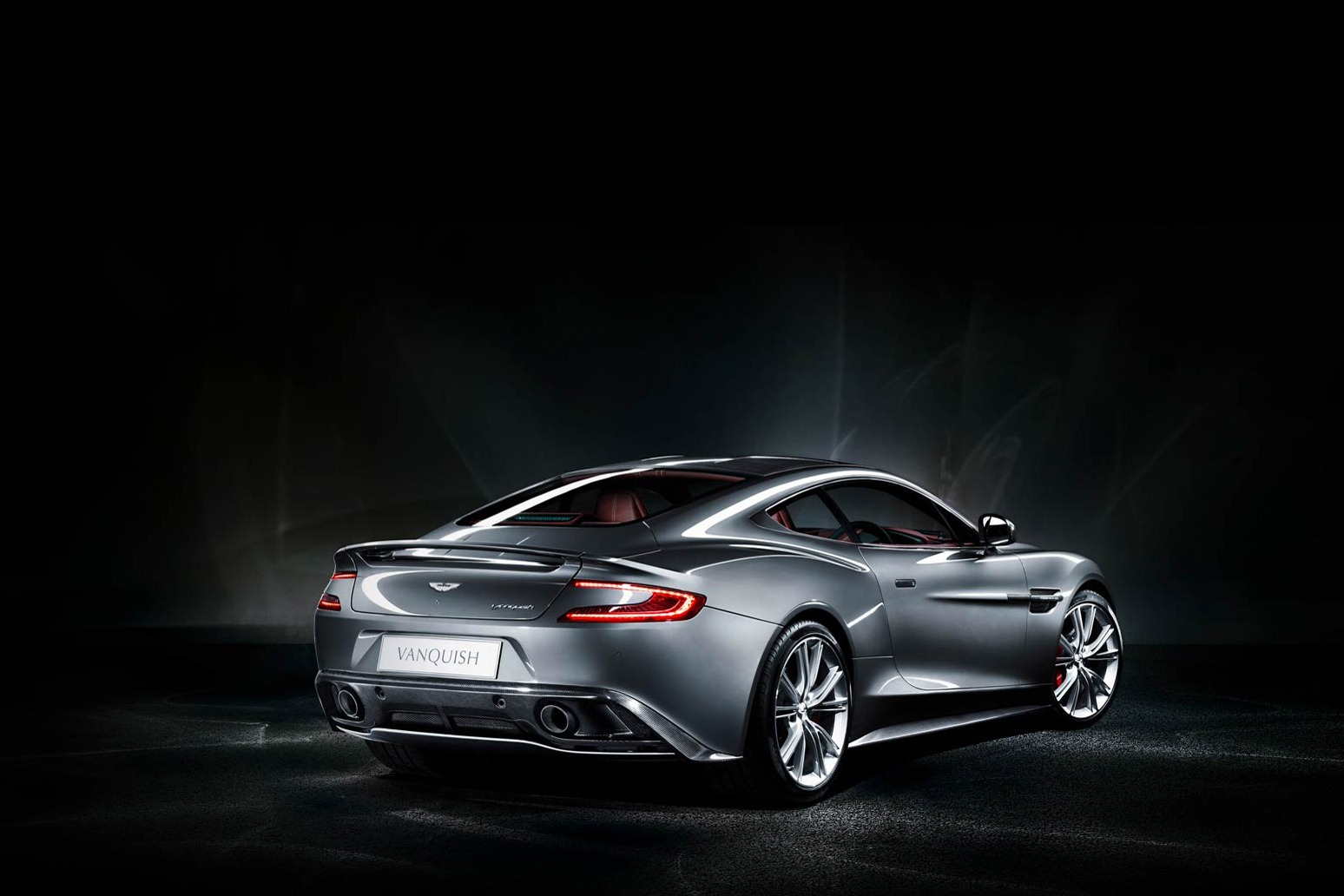 aston martin vanquish the superslice. Black Bedroom Furniture Sets. Home Design Ideas