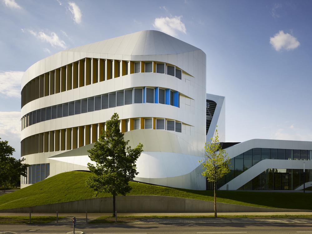 Centre for virtual engineering unstudio the superslice for Stuttgart architecture