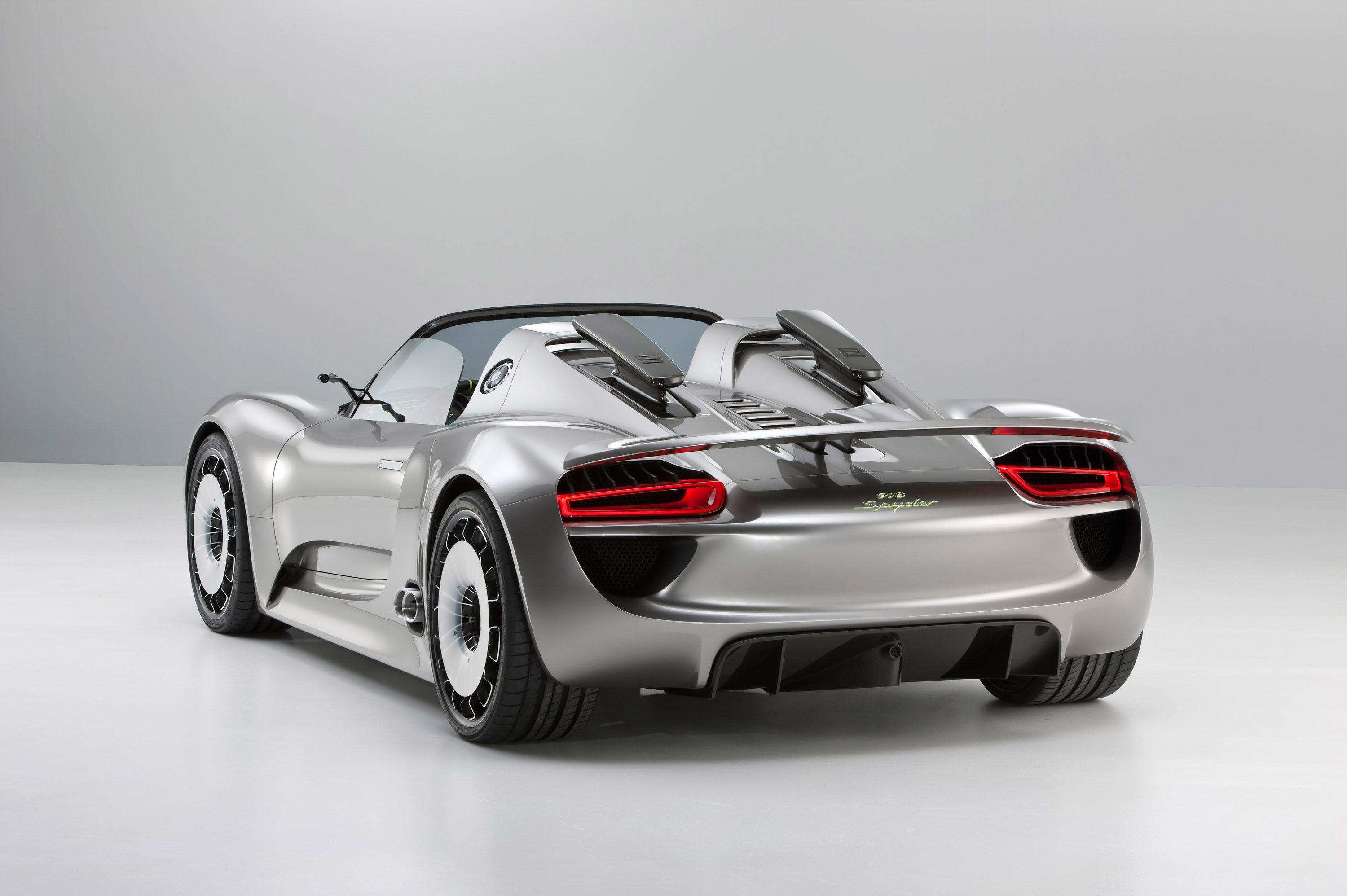 porsche 918 spyder hybrid the superslice. Black Bedroom Furniture Sets. Home Design Ideas