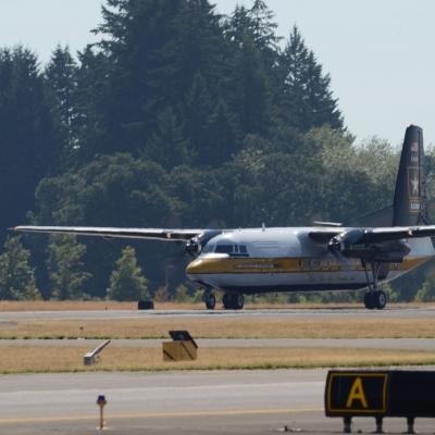 13 U.S. Army Golden Knights Parachute Team - Fokker F27 Friendship taking off