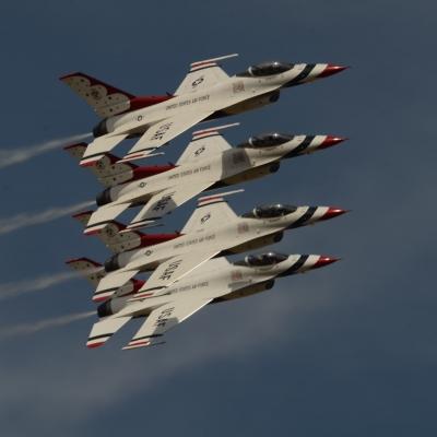 158 U.S. Air Force Thunderbirds