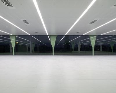 28 Media-ICT / Cloud 9 Architects (Enric Ruiz-Geli)