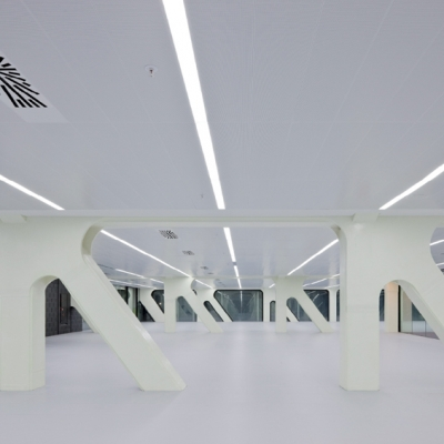 29 Media-ICT / Cloud 9 Architects (Enric Ruiz-Geli)
