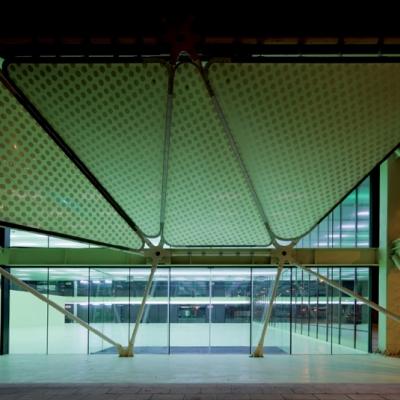 19 Media-ICT / Cloud 9 Architects (Enric Ruiz-Geli)