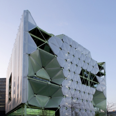 02 Media-ICT / Cloud 9 Architects (Enric Ruiz-Geli)