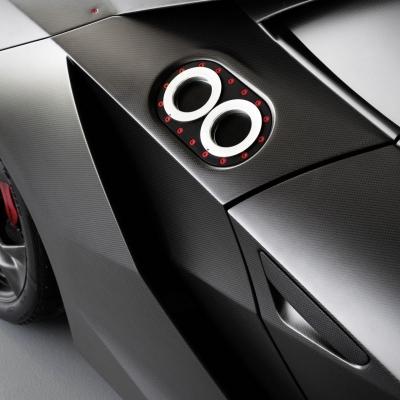 Lamborghini Sesto Elemento 10