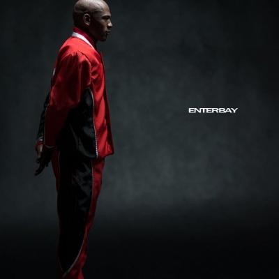 Michael Jordan by Enterbay 02