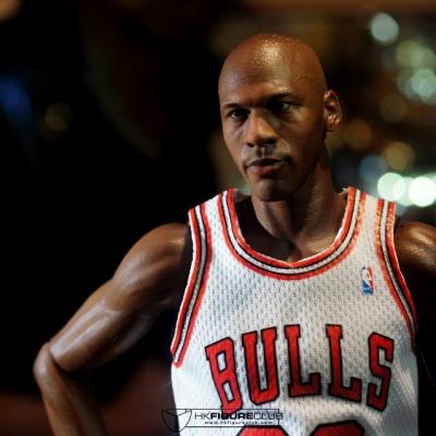 Michael Jordan by Enterbay 25