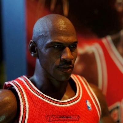 Michael Jordan by Enterbay 26