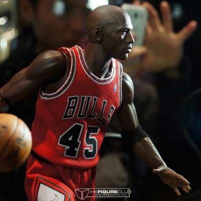 Michael Jordan by Enterbay 28