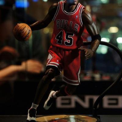 Michael Jordan by Enterbay 34