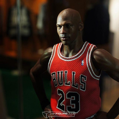Michael Jordan by Enterbay 36
