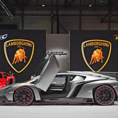 07 Lamborghini Booth - Geneva Motor Show 2013