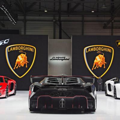 10 Lamborghini Booth - Geneva Motor Show 2013