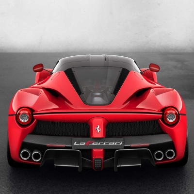 ct_laferrari_hp_04_top_rear