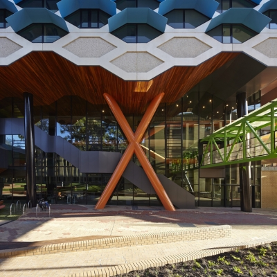 La Trobe Institute for Molecular Science © Lyons 06