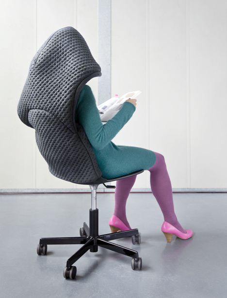 Bernotat-and-Co_chair_wear_06