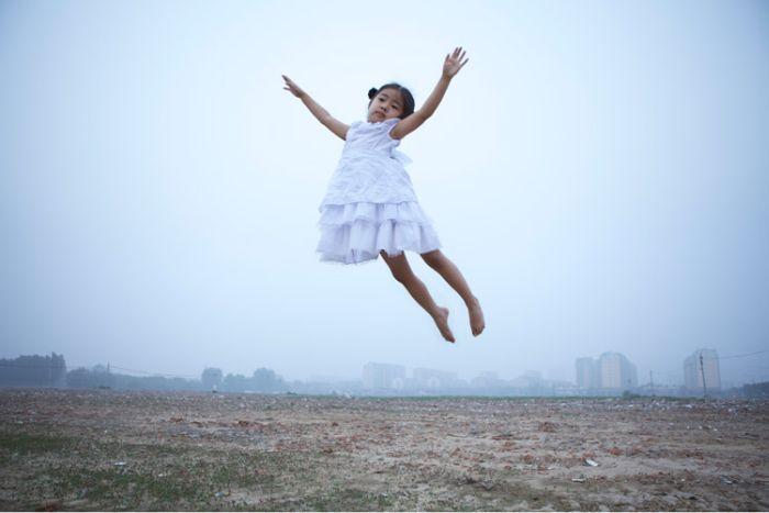 Free Falling by Li Wei