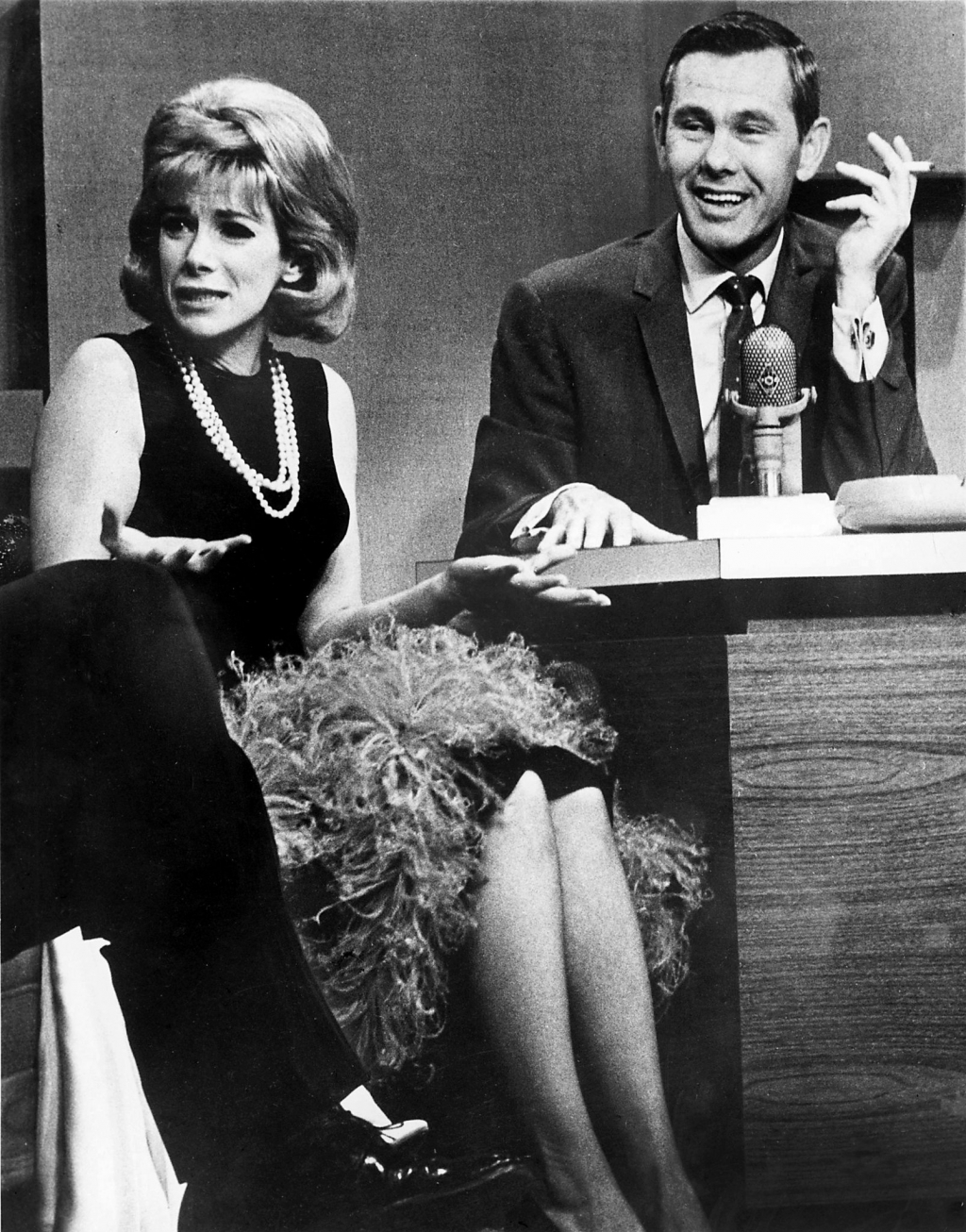 1965 - Joan Rivers with Johnny Carson on 'The Tonight Show' (Joel Elkins-Pix Inc.)